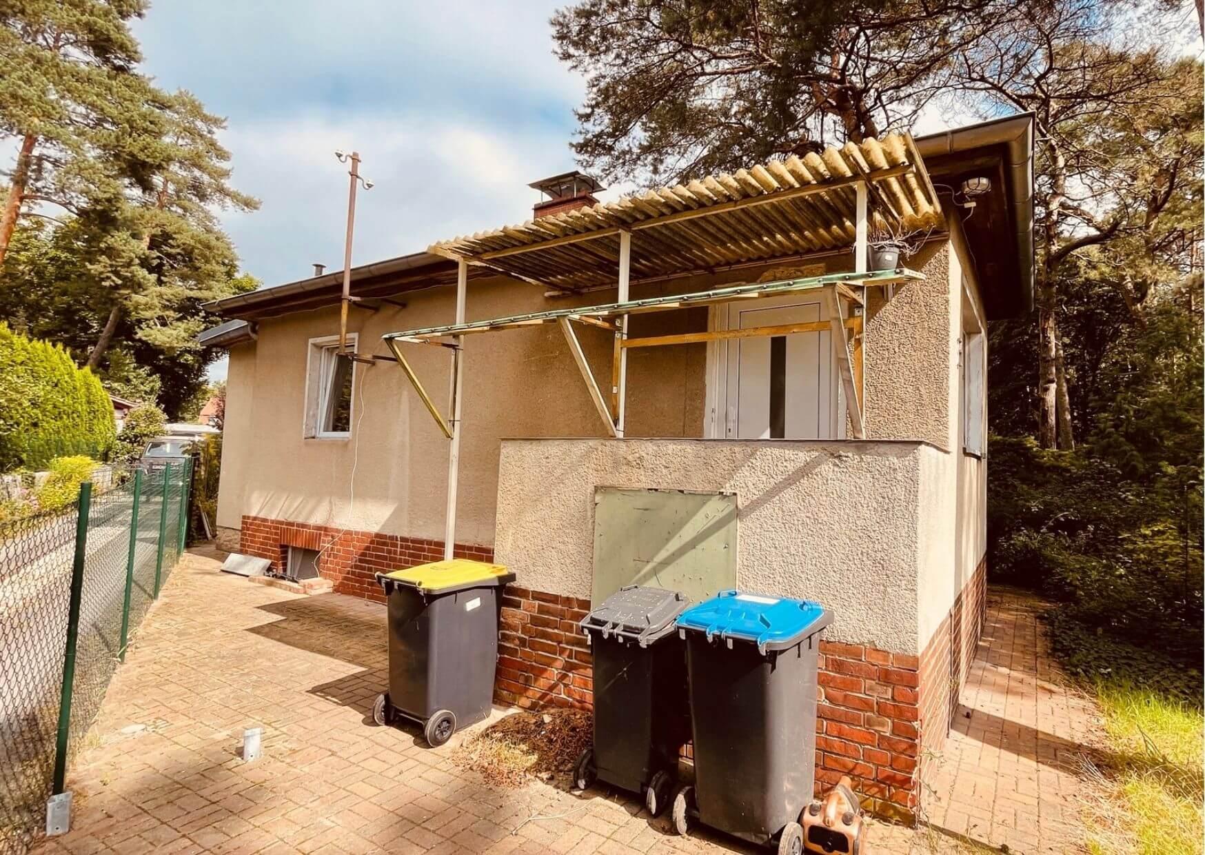 Einfamilienhaus kaufen als sanierungsbedürftige Immobilie in Schildow in Brandenburg.