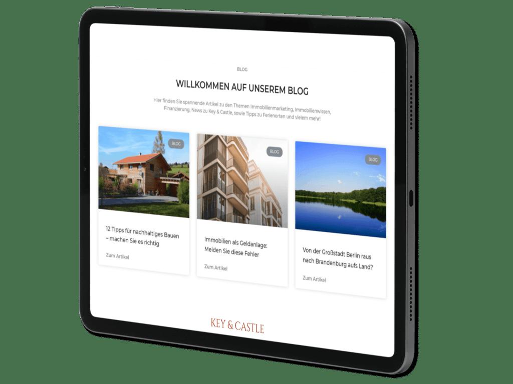 Tablet von einem Immobilien Blog Unternehmen.