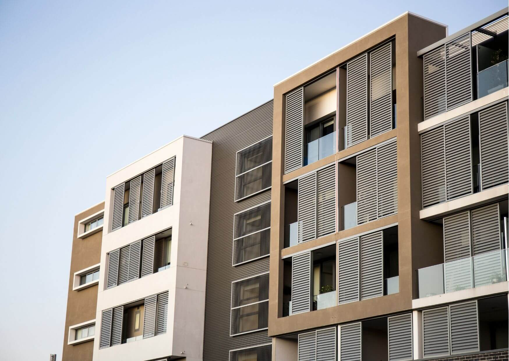Mehrfamilienhaus in attratkiver Lage mit modernster Außenfassade.