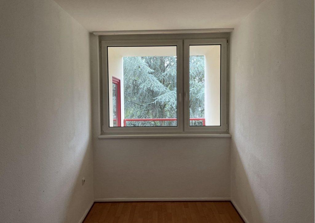 Helle 2 Zimmer Wohnung in Berlin in der Hauptstadt zu kaufen. Kinderzimmer.